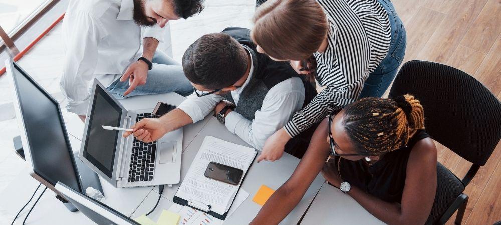 hnz-consultoria-e-treinamentos-blog-como-se-tornar-um-profissional-devops-o-que-e-importante-saber